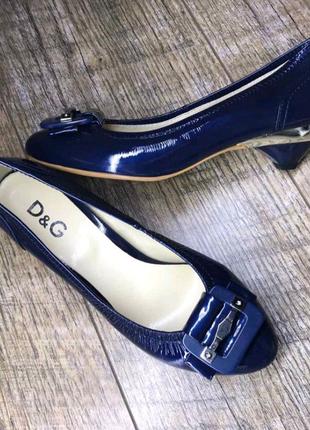Женские кожаные туфли D&G, производство Италия. Р.37-23,2; 38..