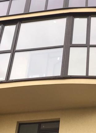 Балкон в новостройку 4400*2810 мм, бокова 970 мм