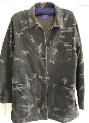 Куртка-ветровка pull&bear