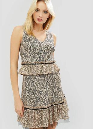 Платье кружево гипюр эксклюзивное рюша снизу баска