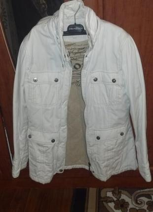Демисизонная спортивная куртка