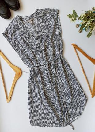 Легка літня сукня. легкое летнее платье