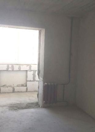 2- комнатную квартиру в Одессе