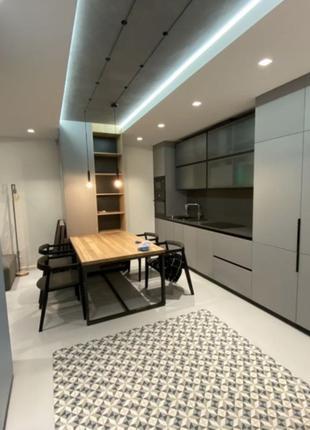 3-комнатная квартира, по адресу улица Кахи Бендукидзе 2