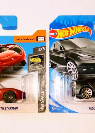 Hot Wheels Tesla Roadster with Starman + Model 3