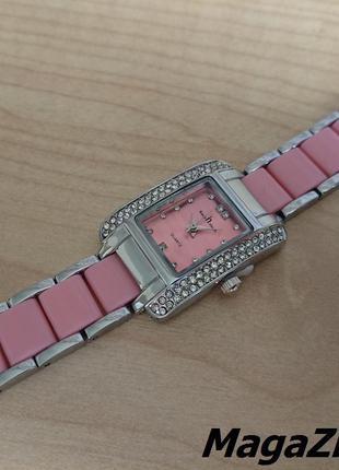 Женские наручные часы Keep in touch