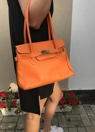 Яркая,кожанная сумка в стиле hermès