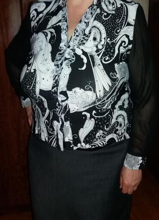 Женская черно-белая блуза с длинным рукавом размер 56-58 б.у.