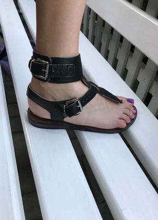 Крутые сандали,босоножки из плотной 100% кожи,37 размер/24-24,...