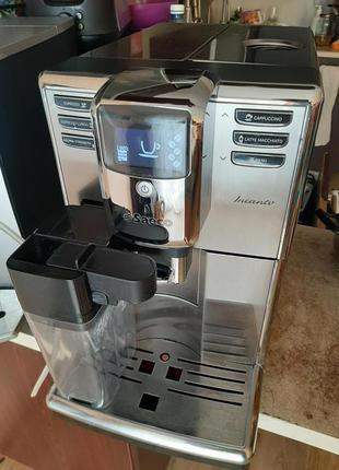 Кофемашина автомат Saeco Incanto HD8917