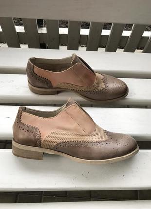 Новые,кожаные туфли,перфорация,оксфорды,броги, италия,38 разме...