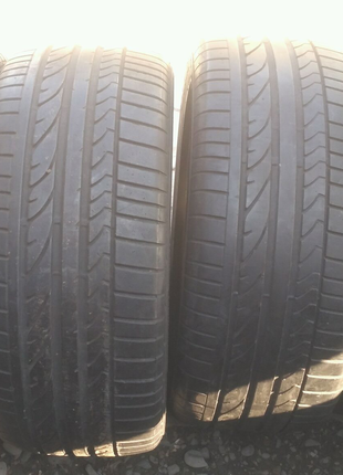 255/45/18 Bridgestone 4шт