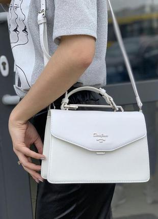 Белая сумка david jones