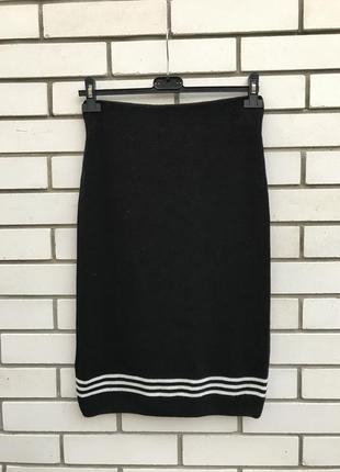 Новая,чёрная трикотажная юбка-карандаш в рубчик,большой размер...