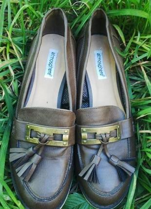 Новые лоферы(туфли) с кисточками