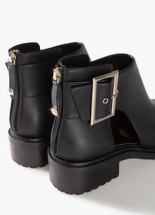 Новые ботинки,туфли от stradivarius
