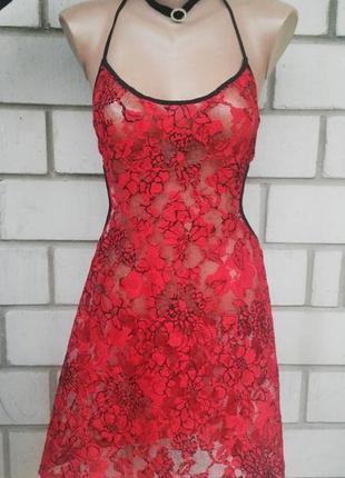 Кружевное красное белье с открытой спиной,ночное