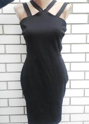 Красивое платье по фигуре с открытой спиной, atmosphere