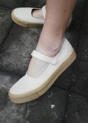 Мокасины(туфли,кросовки,кеды)высокая подошва