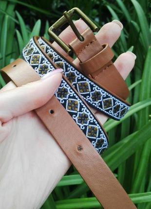 Новый тоненький пояс с вышивкой в этно стиле(кож.зам)