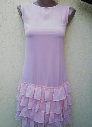 Платье розовое с воланами(рюшами)по низу(на подкладке),нарядно...