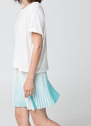 Очень красивая,нежная,новая юбка  плиссе-амбре,mango