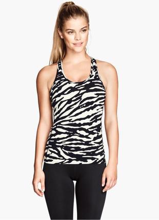 Спортивная(фитнес) ,черно-белая майка,футболка в звериный прин...