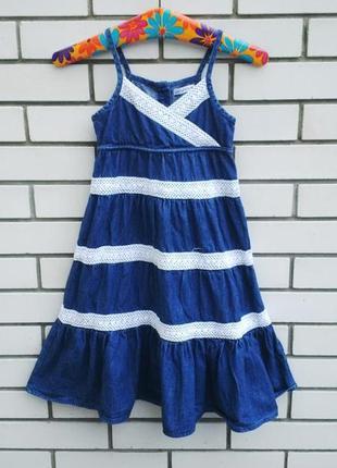 Красивое,джинсовое платье,сарафан с воланами,обшито кружевом,х...