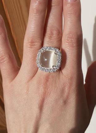 Серебряное кольцо с  улекситом эсферо 18 размер