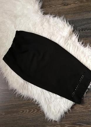 Черная классическая юбка  карандаш с перфорацией select!