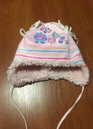 Очень теплая ,красивая  зимняя  шапка для девочки от tutu!на 2...