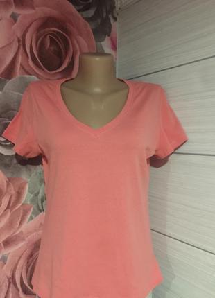 Персиковая футболка с v-образным вырезом,48-50 р