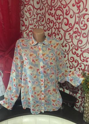 Нежная блузка шифоновая в цветочный принт!