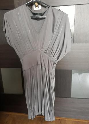 Шикарне плаття guess