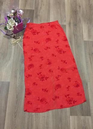 Яркая летняя длинная юбка с разрезом в розы!52 р