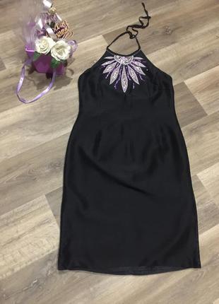 100% шелковое платье  на подкладке с вышивкой и разрезами по б...