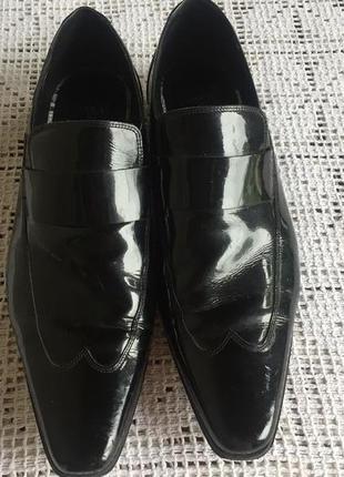 Лаковые кожаные туфли мужские