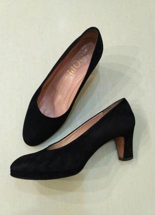 Joop чёрные замшевые туфли лодочки на устойчивом каблуке