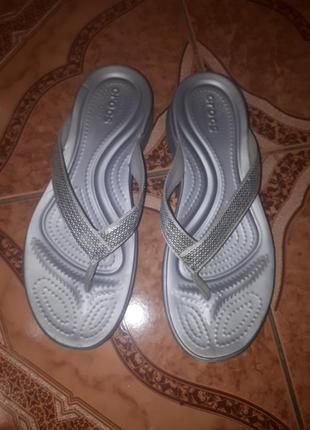 Шлепки crocs w9