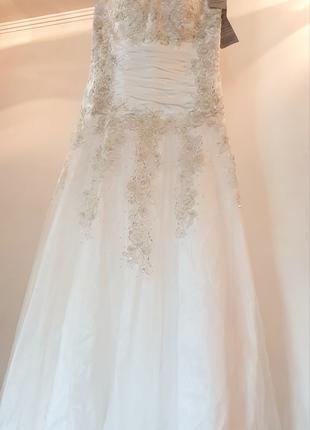 Новое свадебное платье спинка до лопаток открыта