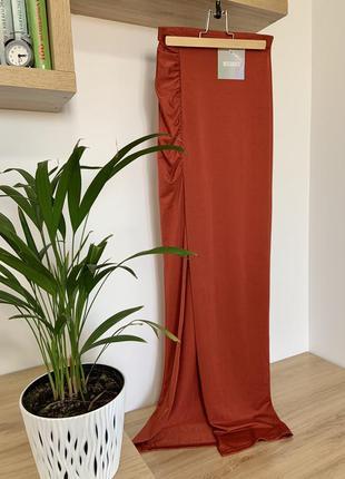 Идеальная облегающая прямая юбка макси с разрезом спереди miss...