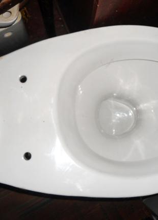 Унитаз Славутский будфарфор. Под бачок 13 см.