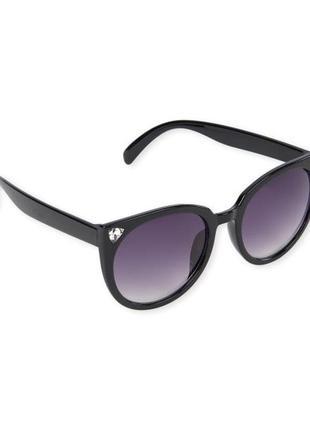 Качественные солнцезащитные очки для девочки в стиле кошачий глаз