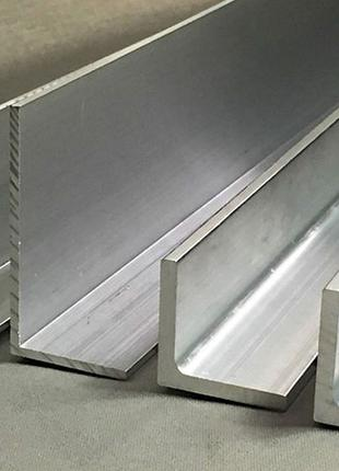 Алюминиевый разносторонний уголок 140х40х3,5 АД31 Т5