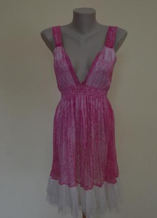 Очень красивое нежное легкое шелковое платье