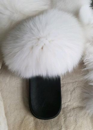 Шлепки меховые, натуральный мех финского песца, белые