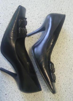 Кожаные туфли р 38