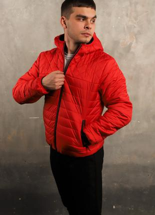 Куртка весна-осень красная
