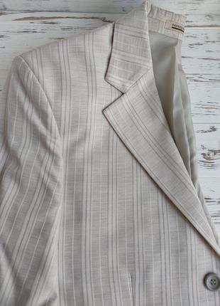 Пиджак мужской летний светлый в полоску 42 размера