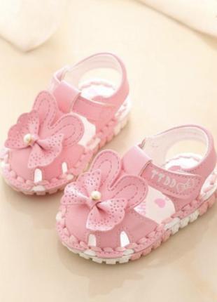 Босоножки нарядные для принцессы сандали